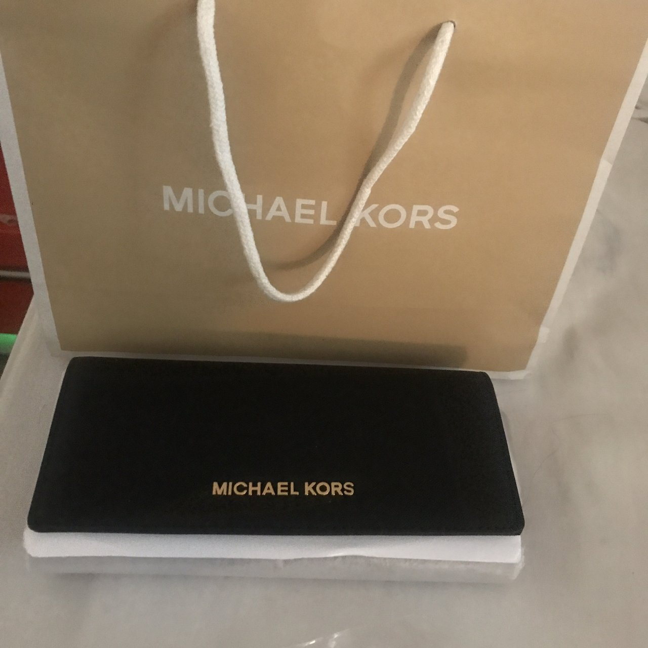 d77c4d444397 BRAND NEW MICHAEL KORS PURSE with original packaging and tag - Depop