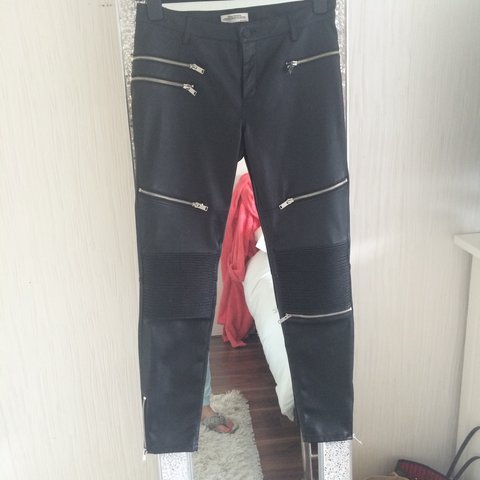 d14c9a97 @xmxmadinex. 3 years ago. Liverpool, United Kingdom. Zara women faux  leather zip biker pants worn once.... medium ...