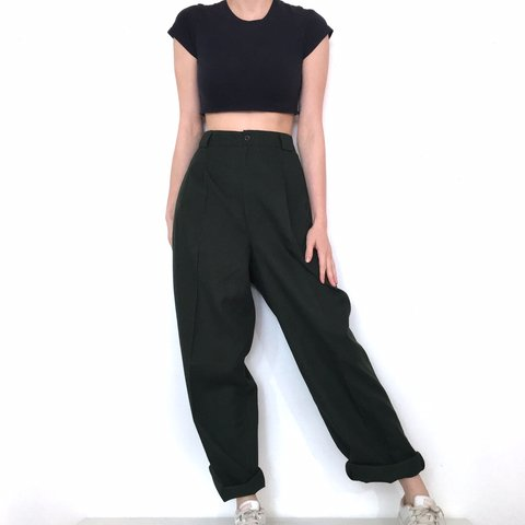 2de4d7dc4295 @maggiekallery. 2 months ago. St. Louis, United States. Vintage High  Waisted Dark Green Pants. They're in great condition.
