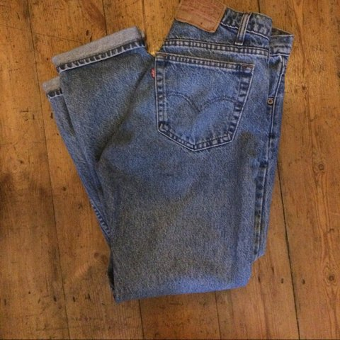 dff246cf @lavies. 3 years ago. Nottingham, Royaume-Uni. Vintage original Levis 501's  straight leg Mum jeans in light blue denim. The size has washed out ...