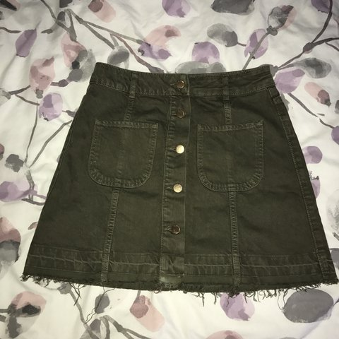 730f0bfdc River Island khaki denim skirt. Never worn, size 8. Gold and - Depop
