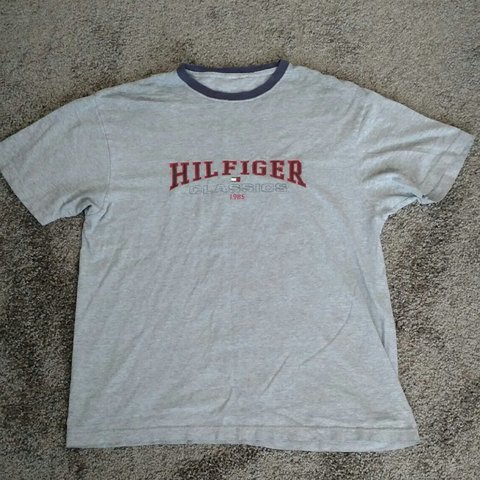 0288d3d96 PRICE DROP ✨ Vintage Tommy Hilfiger tee. No tag