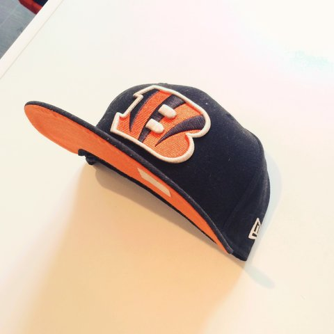 efdca0e6ac7332 @kyle86. 3 years ago. Bradford, Bradford, West Yorkshire, UK. Cincinnati  Bengals NFL New Era Fitted Cap. Black with orange ...