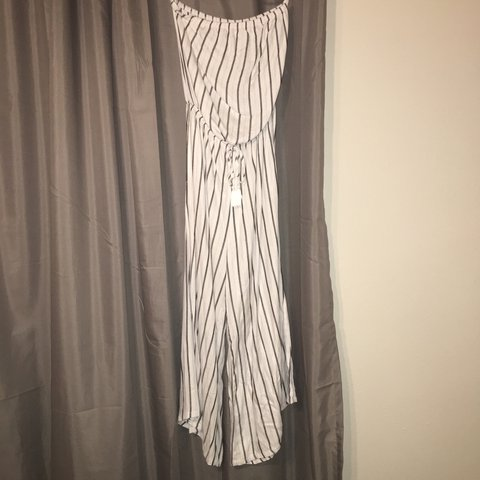 ac9b43dbe96 Nordstrom White striped strapless jumpsuit🌿 this is so cute - Depop