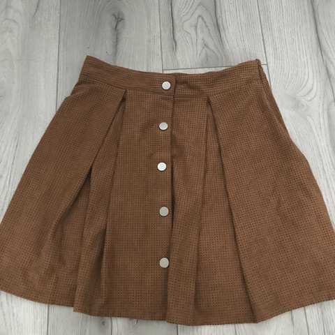 1e3fea0741 @maddyphillips. 10 months ago. St. Helens, United Kingdom. Zara Brown Tan  Faux Suede Button Flippy pleated Skirt Size ...