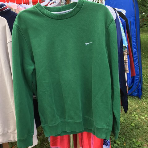 c8ea68e706169 Green Nike pullover sweatshirt! Super trendy and cozy! In - Depop