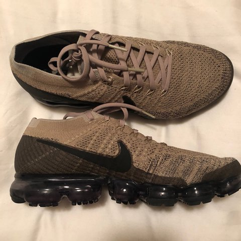 0ca40f5760af ▫️Men s Nike Air VaporMax Flyknit. Size 9 in perfect Only 2 - Depop