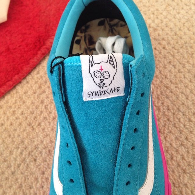 820989c352e Vans Syndicate Old Skool Pro S (Golf Wang) Blue Pink