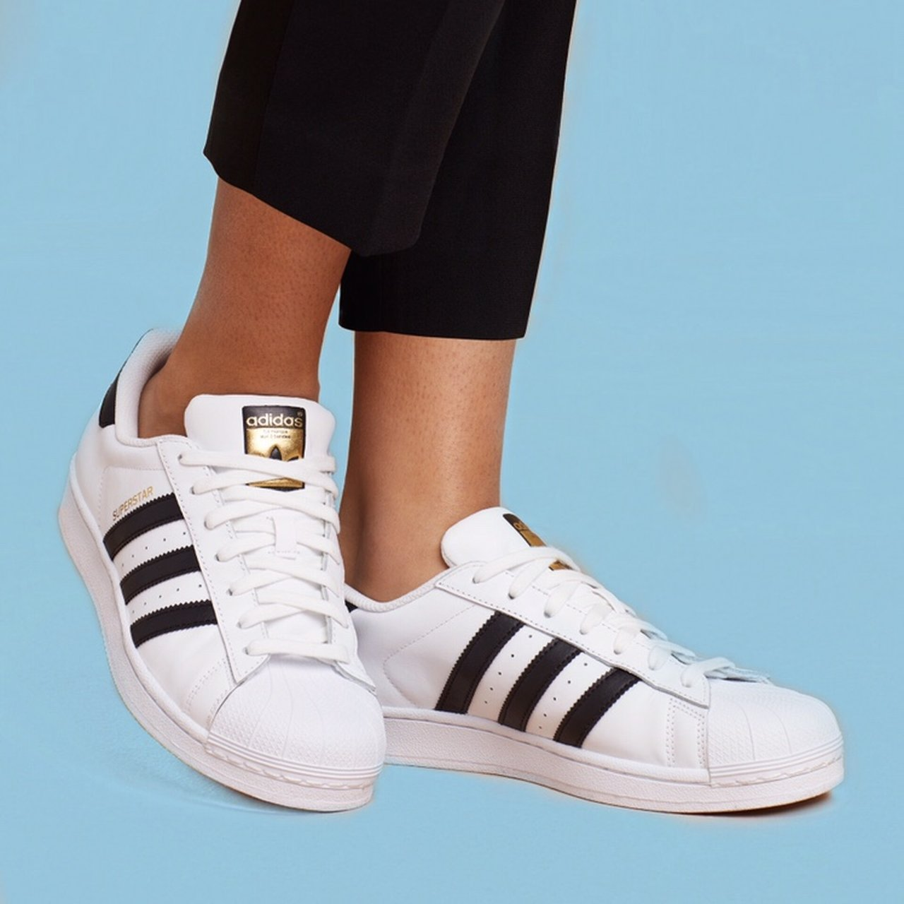 0536d2bcbe37 Adidas superstar sneakers 👟 gently