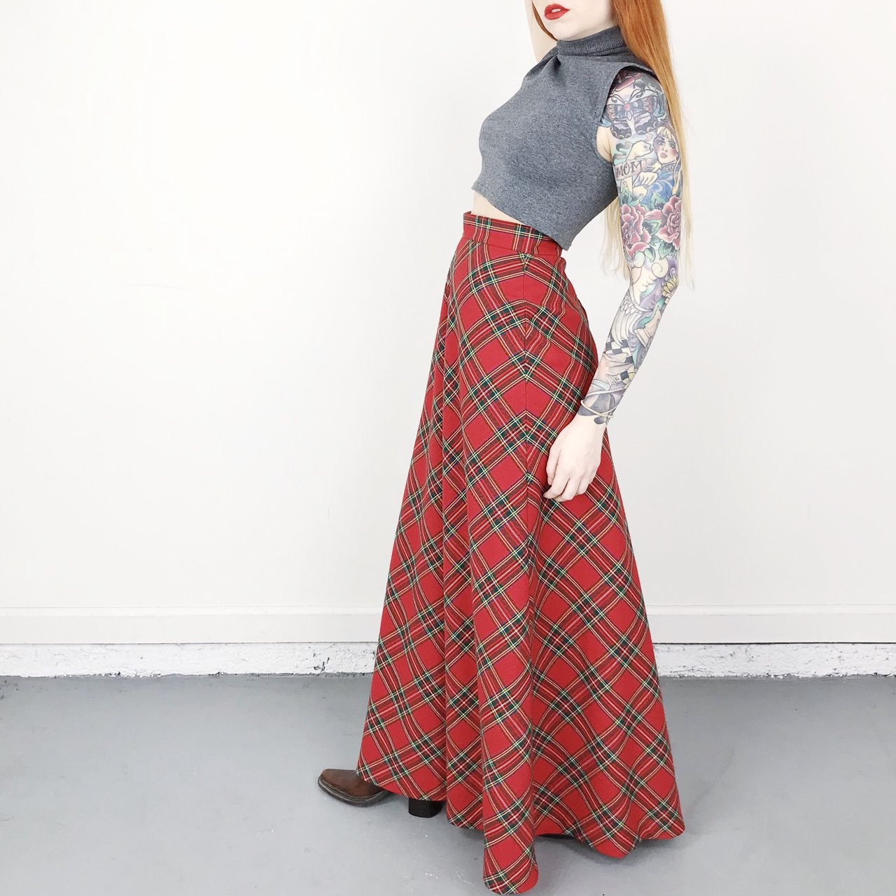 60 s vintage plaid print high waisted wool tartan red and    - Depop 8453b0221