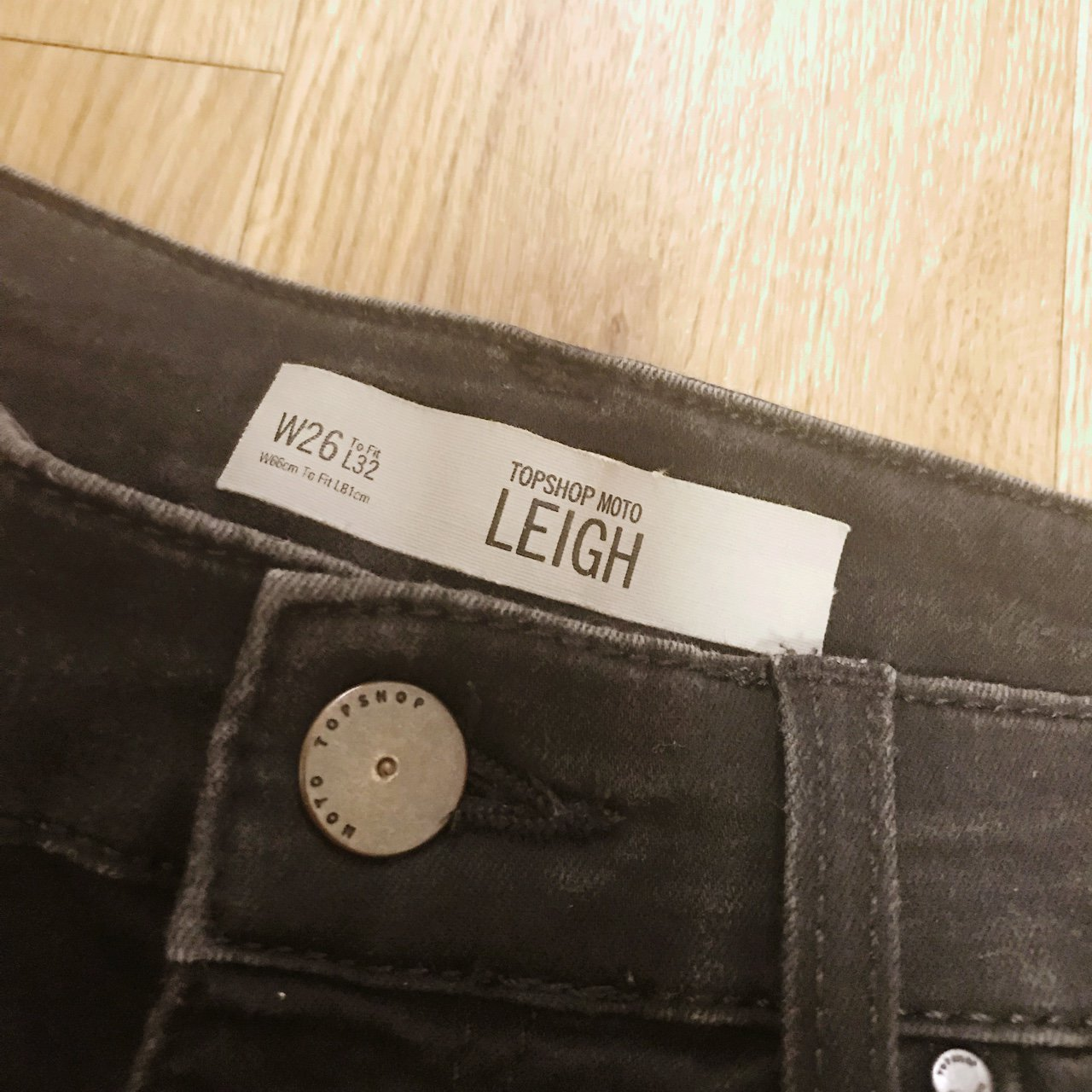 f434d0391b0 Topshop Leigh Jeans W26 L32 (Size