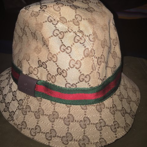 9ab09170345 Gucci bucket hat 100% authentic trades welcome  gucci - Depop