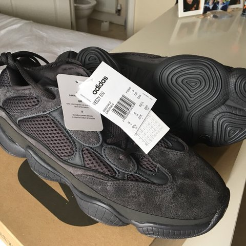 0f36b7788f0fe YEEZY 500 UTILITY BLACK UK SIZE 9 BRAND NEW IN BOX WITH ME - Depop