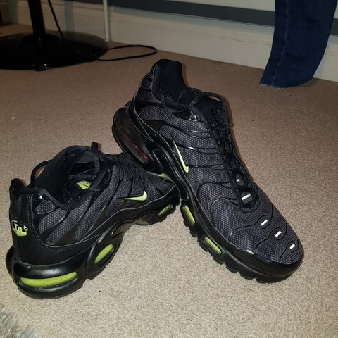 a252739f9a Mens Nike TNS black and lime green in colour. Size 9 UK good - Depop