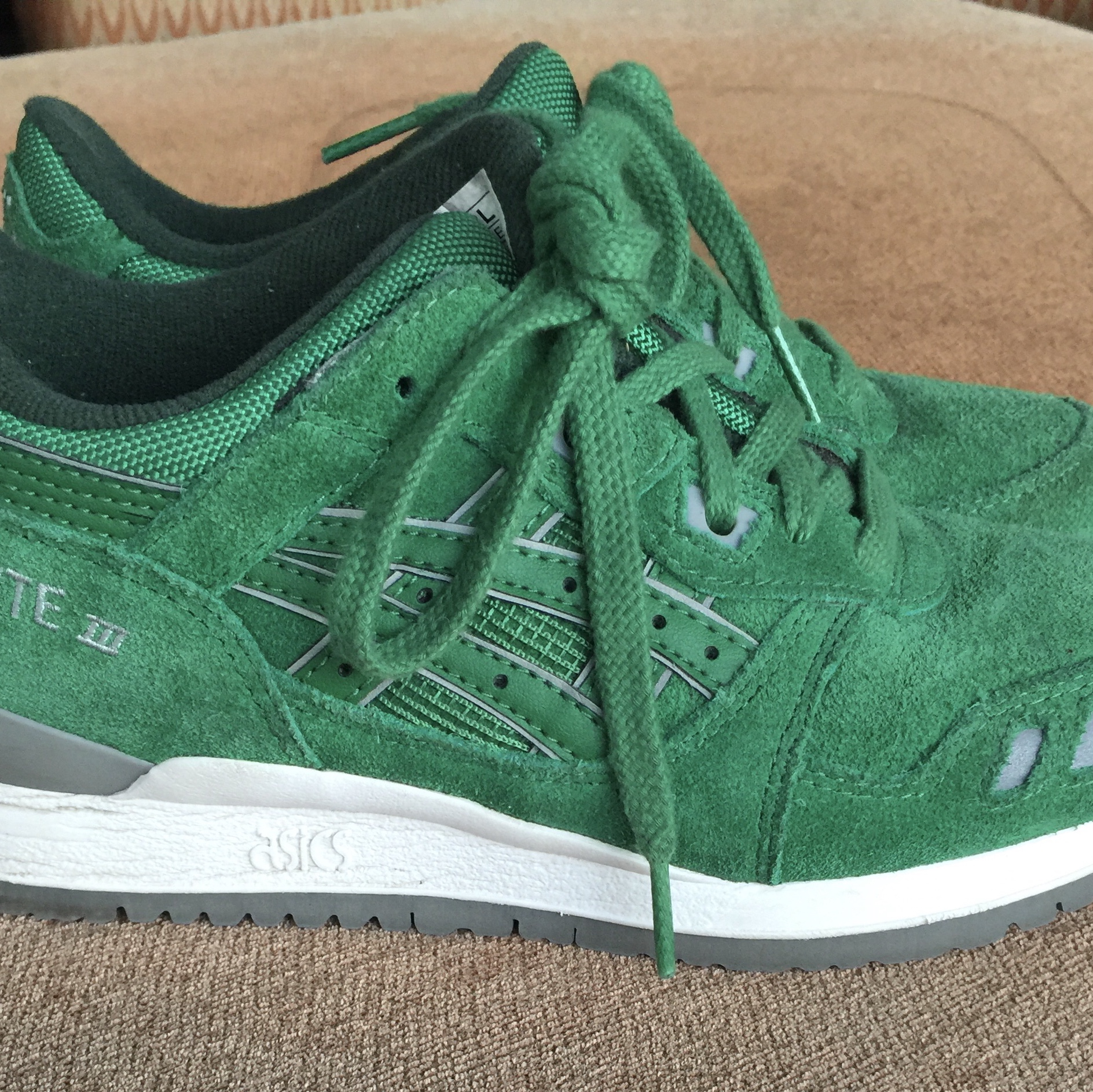 new product 6f885 55b43 Preowned Asics Gel Lyte III Green Suede Women's... - Depop