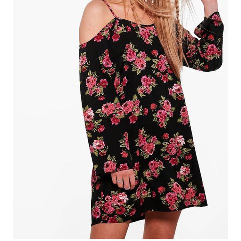 d885a688aef2 @harrietsrg. 2 years ago. Bromsgrove, UK. Boohoo black floral cold shoulder  dress.