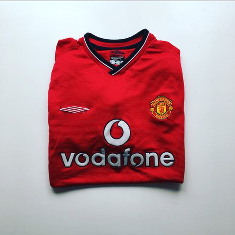 04458adee5b Retro vintage Umbro Manchester United home football shirt - - Depop