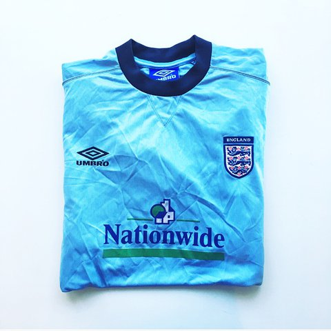 c1edd4a18 Retro vintage Umbro England 90s nationwide training football - Depop