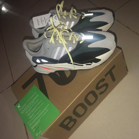 8f1809b79e867 ADIDAS YEEZY WAVE RUNNER 700 SOLID GREY. UK 9.5 Bought as a - Depop