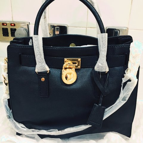 014797ff79c6 @ehilluk. 3 years ago. Manchester, Manchester, UK. Brand new with tags 100%  authentic ladies black Michael kors Hamilton tote shopper bag! Leather.