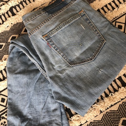 c1210001 @madeleine_bx. last month. Market Drayton, United Kingdom. LEVI'S LIGHT  BLUE WASH JEANS