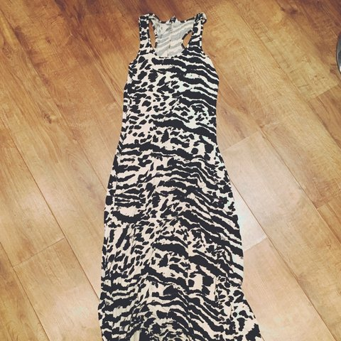 New Look animal print maxi dress to fit up to UK14 - Depop 6221fa06b