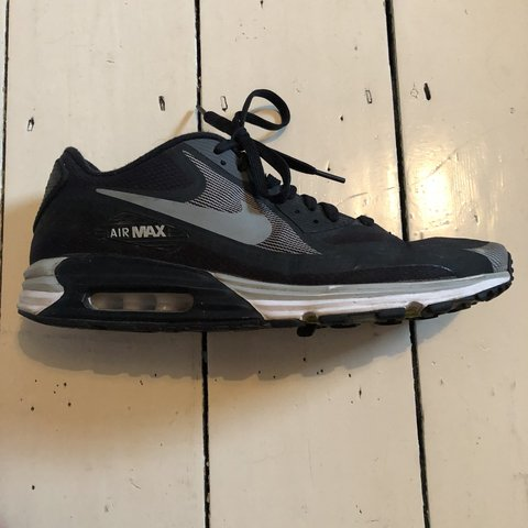 sale retailer e5f6b facc2  milohadden. 7 months ago. London, United Kingdom. NIKE Air Max 90 trainers.  Size 10