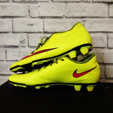 2222ea7f0fc Nike mercurial football boots size 7 yellow pink and black a - Depop