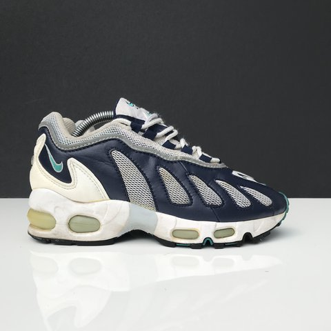 online retailer c5e7e 5f01c Nike air max 96 , OG . These are in great condition they 20 - Depop
