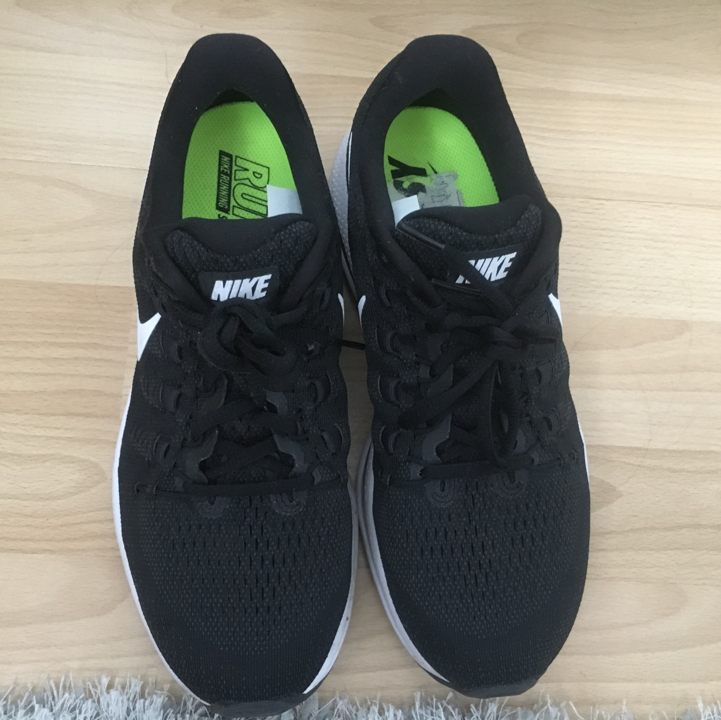 100% original search for genuine new NIKE Zoom run easy trainers. Good condition/ hardly... - Depop