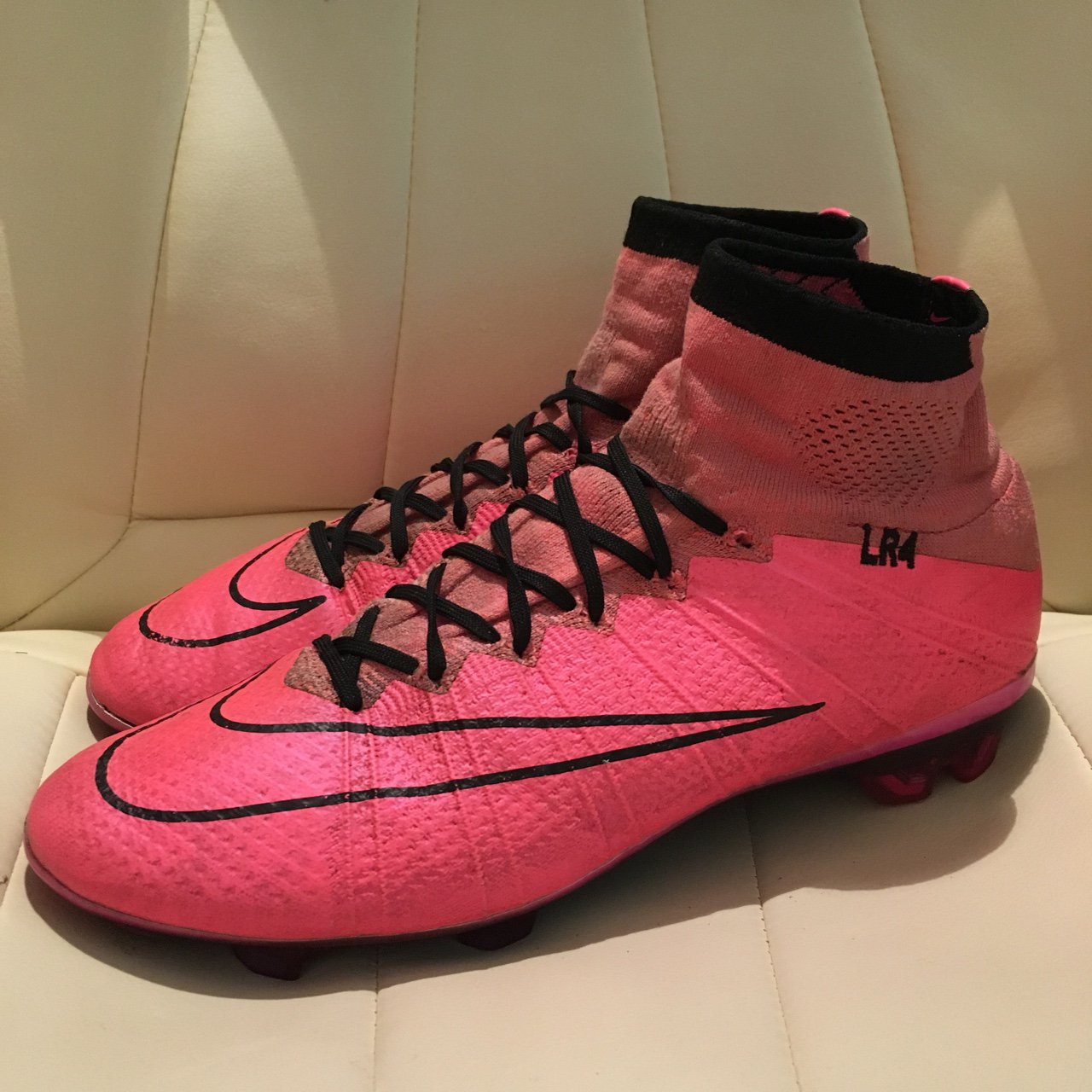 newest 05af4 2c129 tinotendah. 2 years ago. Falkirk, United Kingdom. Nike mercurial superfly  4 pink