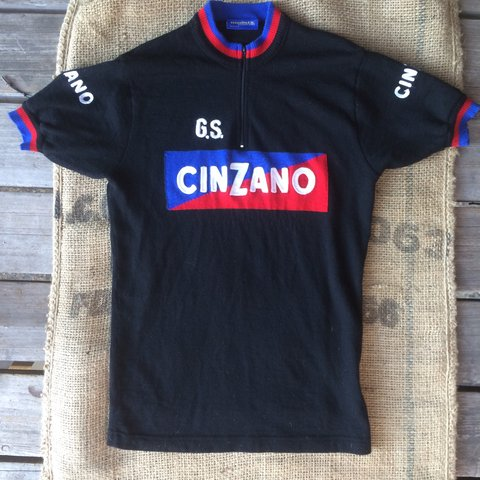 🔵Vintage wool Cinzano cycling shirt. It s in good vintage - Depop 4d0666ea6