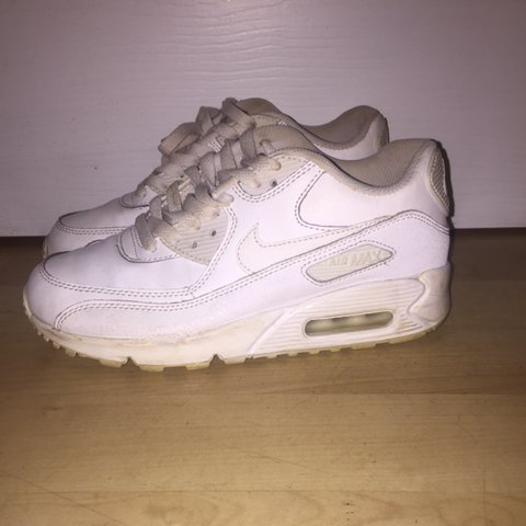 31ff97ba67 @donnagilmourx. 2 years ago. Milngavie, United Kingdom. White Nike air max  90 U.K. Size 4 worn twice ...