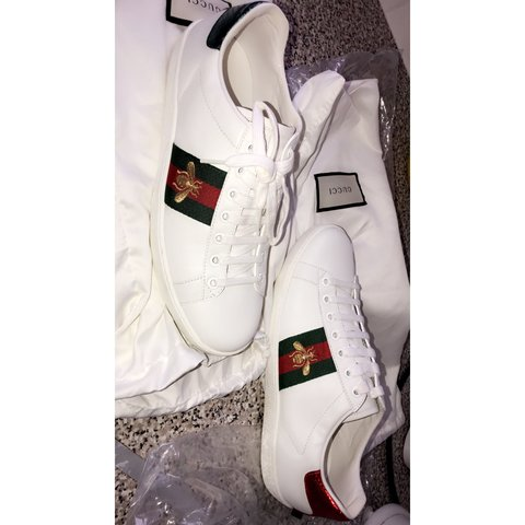 9ce076e8766 PRICE REDUCTION Ace Embroidered Bee GUCCI sneaker 100% 6 - Depop