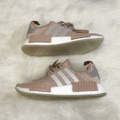 best website 493b8 85dd4 womens adidas nmd r1 ash pearl