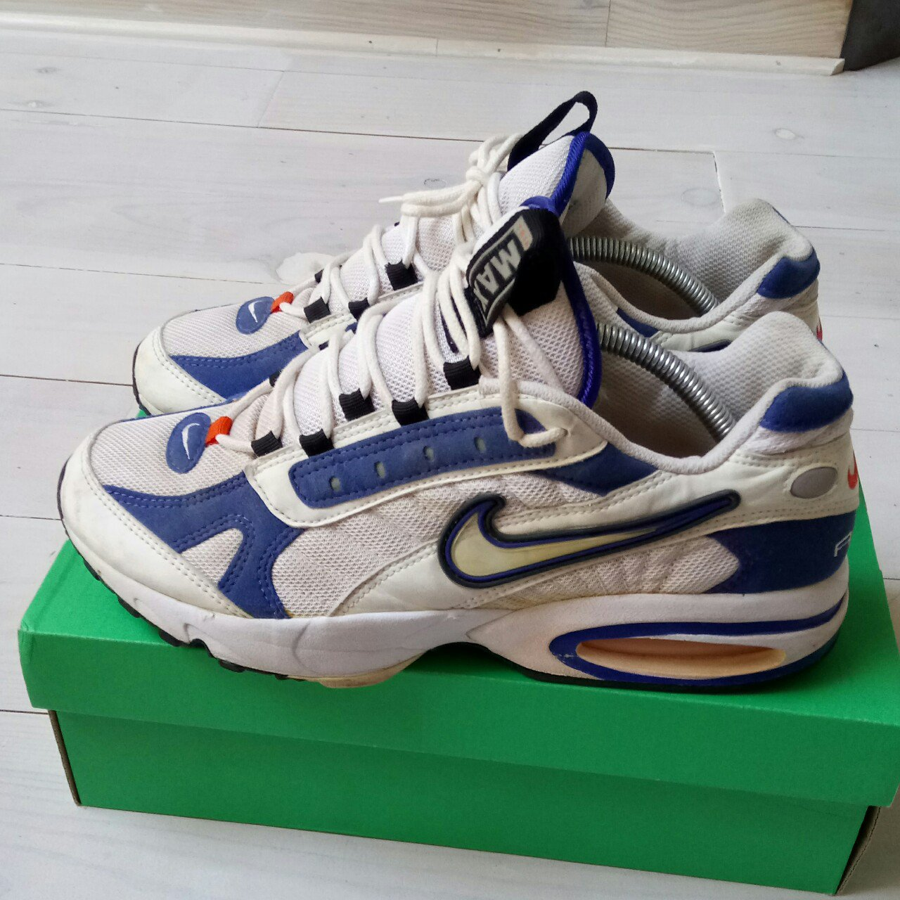 f2153e1d789 Nike air max triax 1996 og T45 8 10 cond wearable but at - Depop
