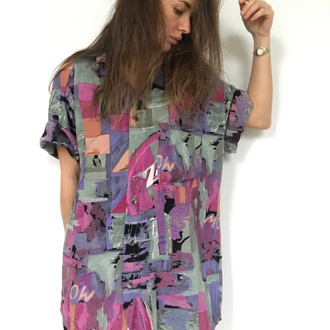 20a79582c509c6 Oversized Retro Vintage Shirt - Mens size M L - Ladies will - Depop