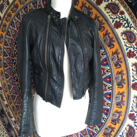 59a6ecfc0 @jxduob. 3 years ago. Manchester, UK. Badass topshop 100% leather biker  jacket.