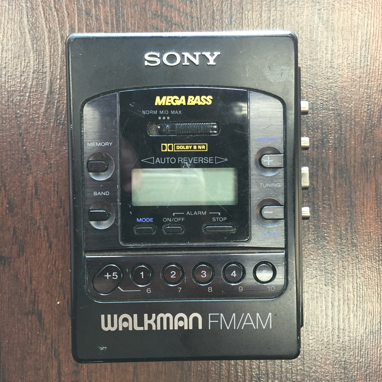 Sony Mega bass Walkman cassette tape player & FM/AM