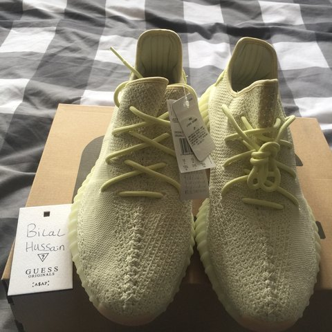7b7d509cdeba5 WTS DS Yeezy Boost 350 V2 Butter purchased from Size UK all - Depop