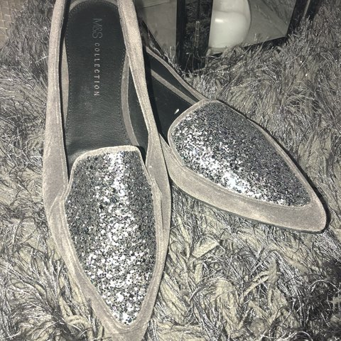 42998fc22f79 Grey Sparkly Shoes◻ ⬛ ▫ - Depop