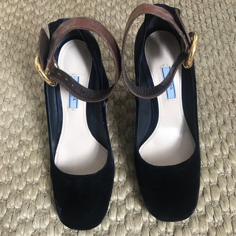 c4cf8cd776 Prada navy velvet block heel pumps with tan leather ankle on - Depop