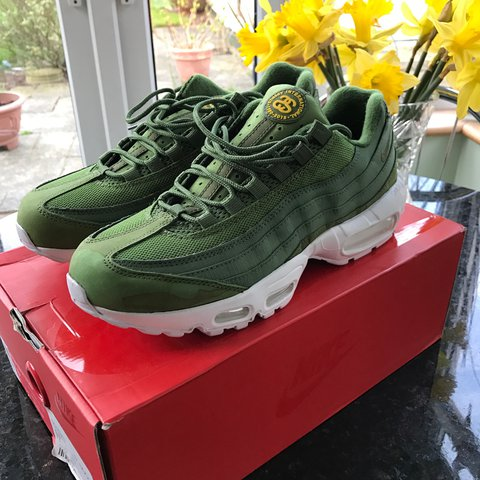 dd5773acdf Brand New Stussy x Nike Air Max 95 Bought from Flight Club a - Depop