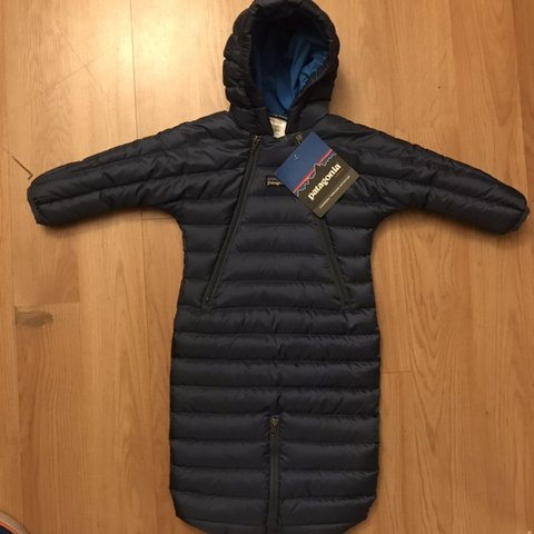 25b0246a0 Patagonia KIDS Baby Puffer Jacket Onesie, super rare fly for - Depop