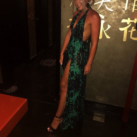 f19f5ebbb2 Pretty Little Thing Green leopard print maxi slit dress