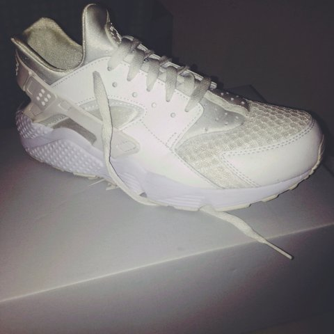 5a682c661dcb5 Size 9 triple white  huaraches for sale very cheap and in - Depop