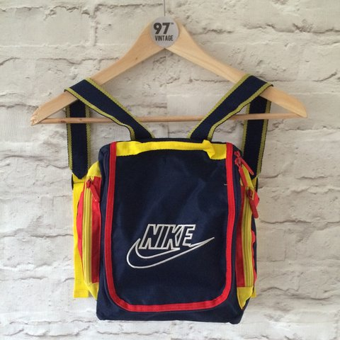 Vintage Nike bag backpack. Small sizes back pack 0ef8720d82776