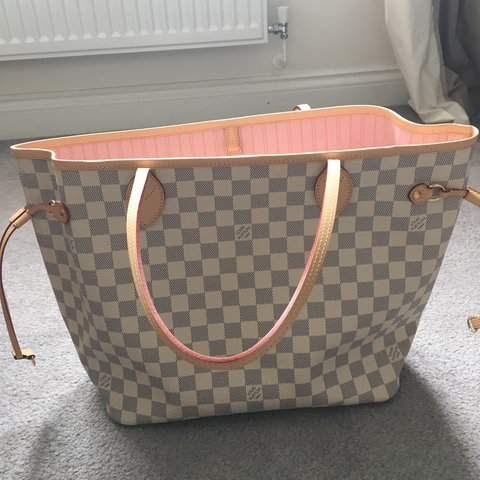 c943ef8aea11 Louis Vuitton Neverfull Damier Azur MM Bag Used but in great - Depop
