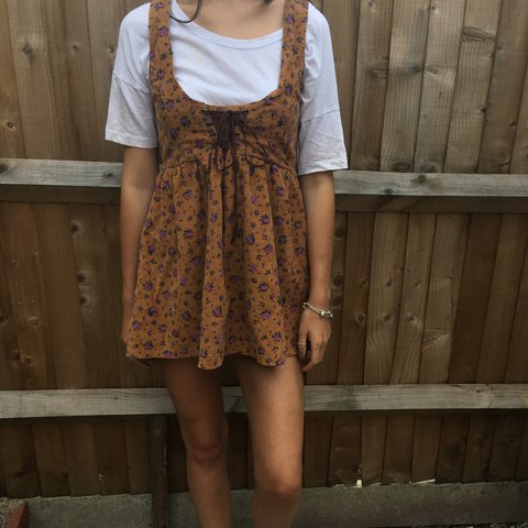 e2c55fb3e9 super cute brown & lilac floral tie front lace up dress /top - Depop