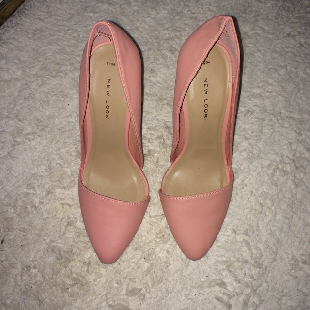 50698a1dc2 Brand new baby pink court heeled shoes